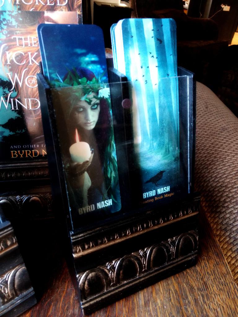 bookmark display stand